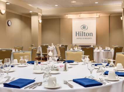 Hamilton Room Banquet Dining