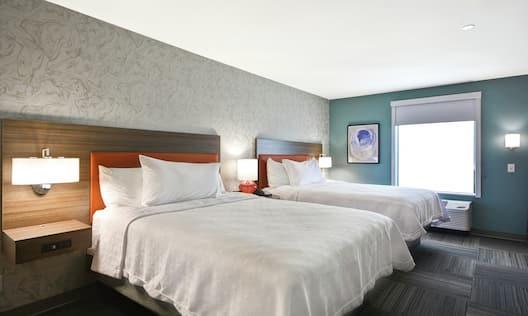 Two Queen Beds in Guest Suite