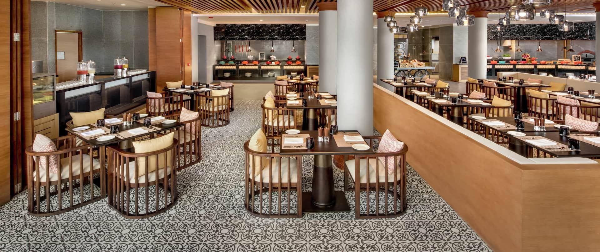All day-dining restaurant - Comida