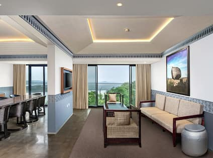 Premium Suite with River View