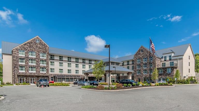 Hilton hotel near foxwood casino seminole casino zig zag girls