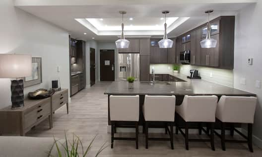 Presidential Suite Kitchen and Dining
