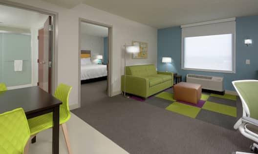 Single Bedroom King Suite