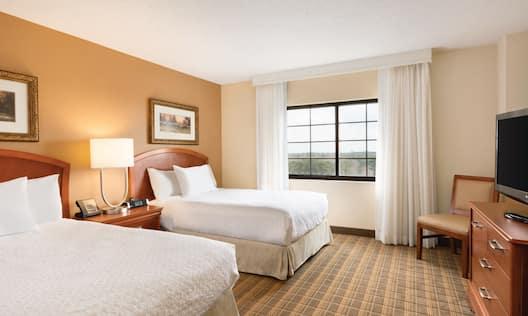 2 Double Beds Suite