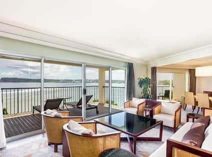 Tasi Executive Suite Living Area