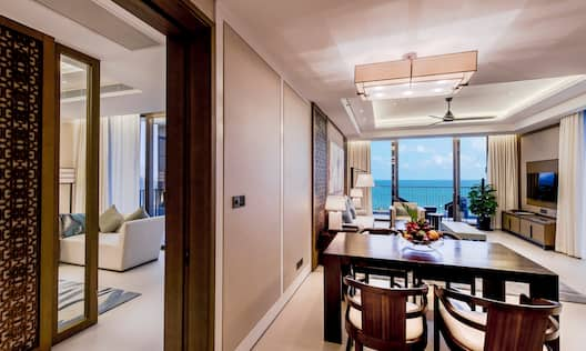 Ocean View Suite with Ocean View, Dining and Lounge Areas