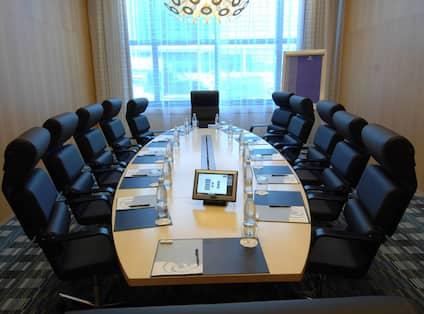 Hilton Boardroom