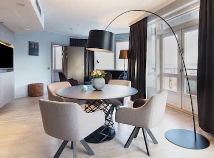 Panorama Suite Meeting