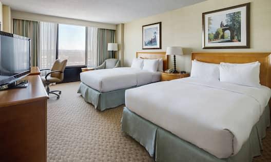 Double Bed Guestroom Bedroom