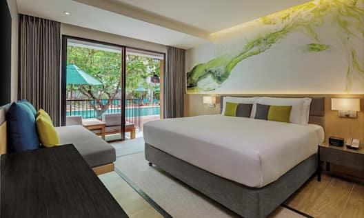 King Premium Pool Side Room