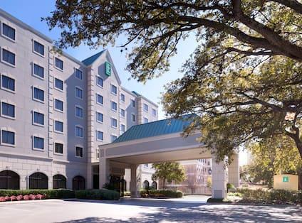 Near the Galleria Hotel, TX