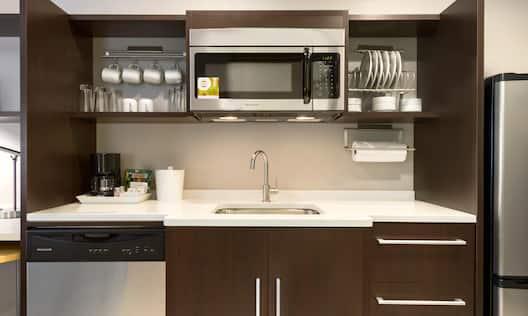 1 King Studio Suite Kitchen