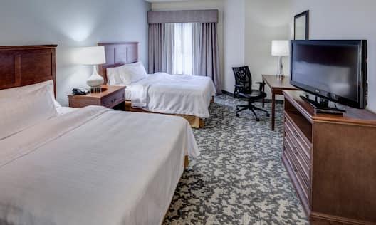 2 Queen Beds Accessible Suite