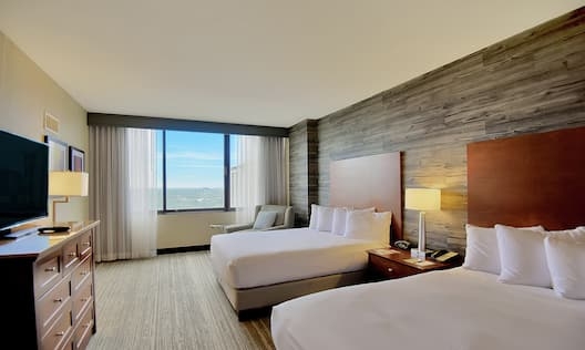 Double Queen Suite with Outside View