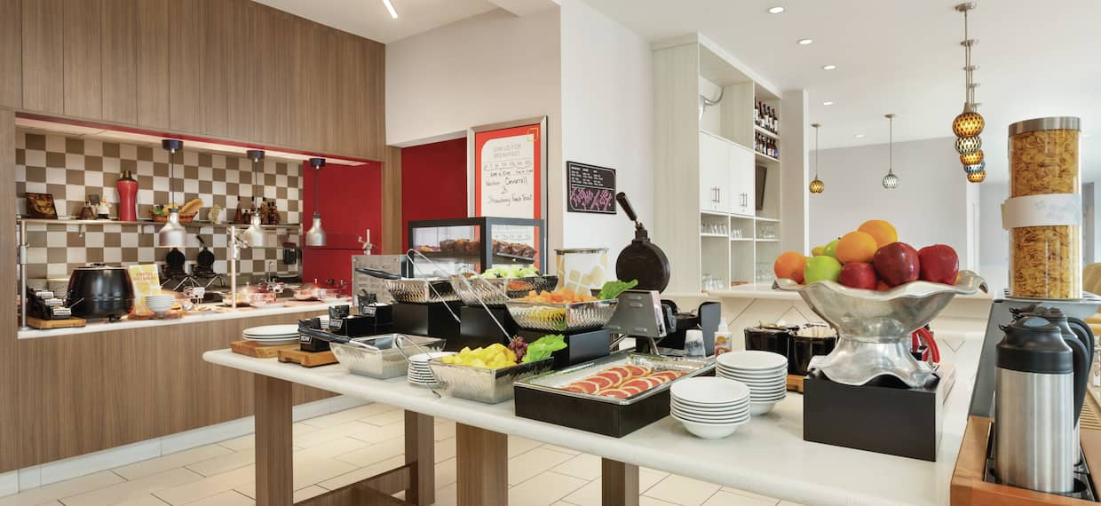 Enjoy a Hot or Cold Breakfast at out Breakfast Buffet