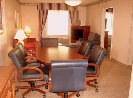 Junior Conference Suite, King Bedroom