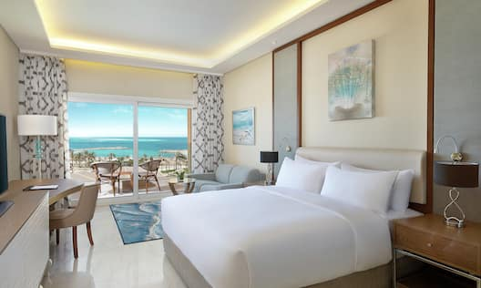 Guest Room with One King Bed and Sea View