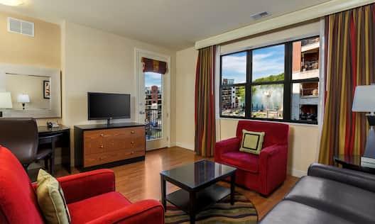 Hilton Promenade at Branson Landing Hotel, MO - King Condo Fountain View Living Area