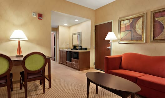 Accessible Guestroom Queen Suite Lounge Area with Kitchenette and Work Desk