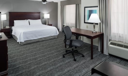 Accessible King Bed Guestroom Suite