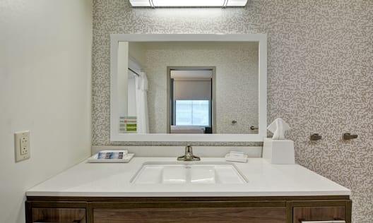 Guestroom Bathroom Vanity Area