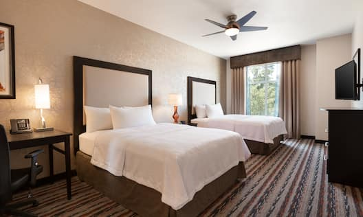 2 Queen Beds Suite, Beds