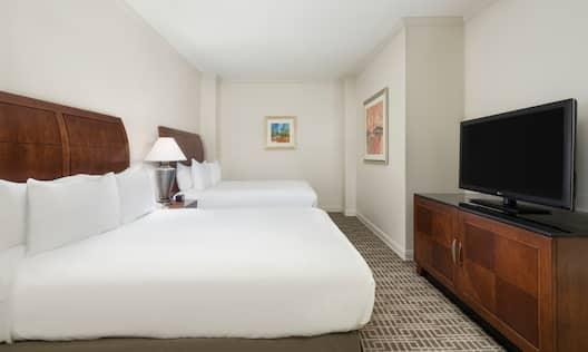 2 Double Beds 1 Bedroom Suite