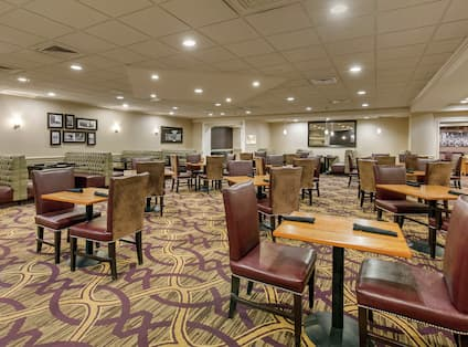 DoubleTree Dining Area with Tables and Chairs