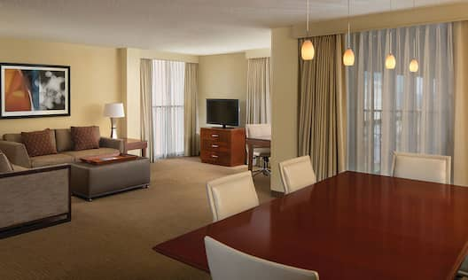 Executive Suite Living Room and Dining Table