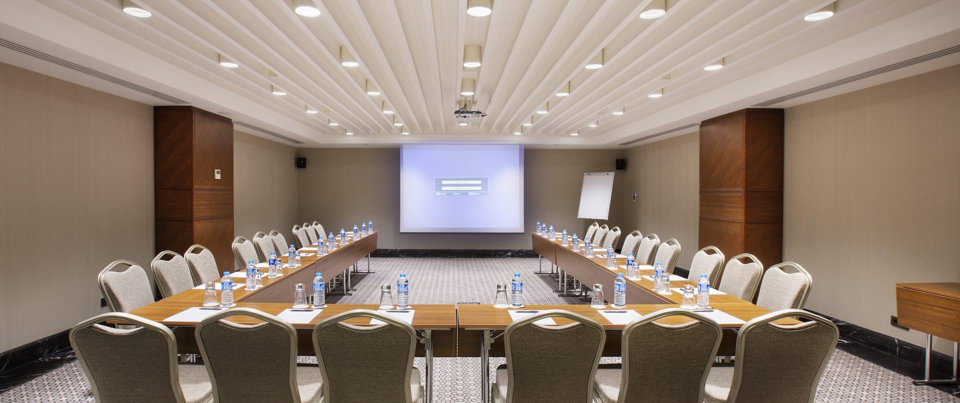 Meeting Room in U-Shape