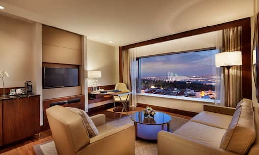 Bosphorus Suite Living Room with City View