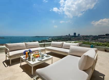 Terrace Suite Outdoor Terrace Lounge Area