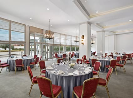 Meeting Room Set up with Rounds Tables