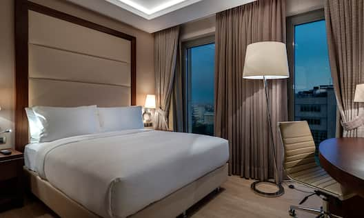 DoubleTree by Hilton Istanbul Topkapi Hotel, TR - QUEEN GUEST ROOM