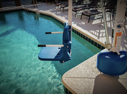 Swimming Pool Hoist