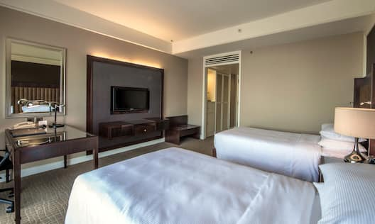 Twin Hilton Guestroom Beds