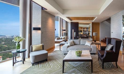 Penthouse, Living Area