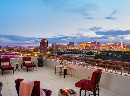 King Suite with Balcony View