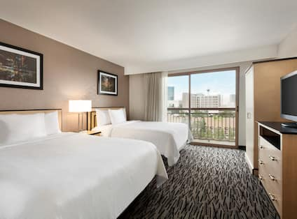 Two Queen Beds Guestroom with Balcony Area