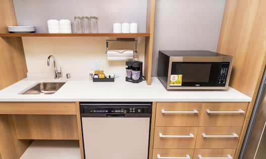 Suite with Kitchen and Room Technology
