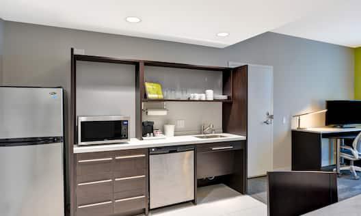 Home2 Suites by Hilton Azusa Hotel, CA - Accessible Suite Kitchen