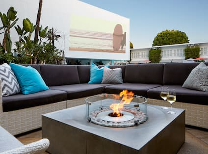 Outdoor Fire Pit with Comfortable Seating