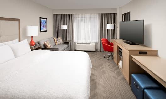 Hampton Inn & Suites Los Angeles/Anaheim-Garden Grove Hotel, CA - Guest Room with Sleeper Sofa