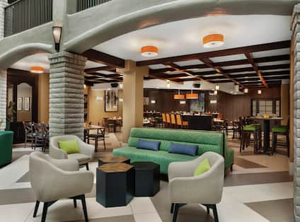 Embassy Suites On-Site Restaurant