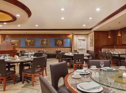Trinity Restaurant Seating