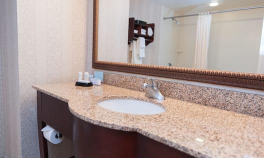 Bathroom Vanity - Tub