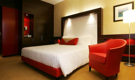 1 King Accessible room