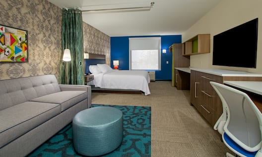 Overview of King Junior Suite