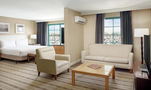King Junior Suite with Marina View