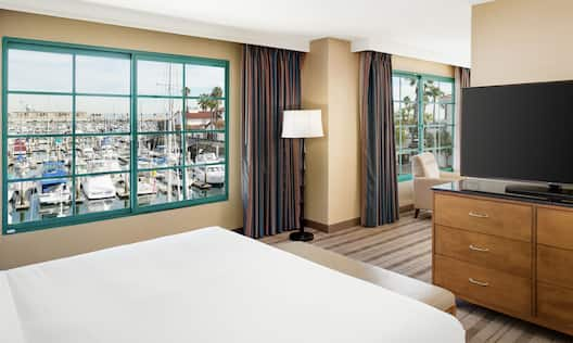 King Suite with Marina View